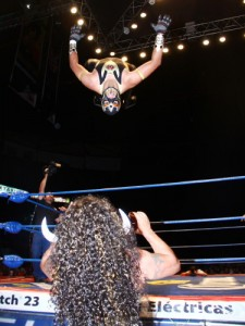 CMLL052212P12